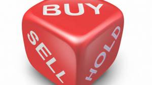 BUY_Sell_hold1-770x433